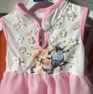 Baby gown 3-6 bulan
