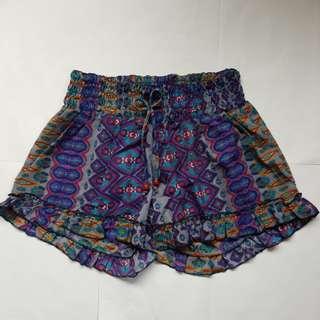 NEW!!Purple pattern fun ruffle shorts small to medium
