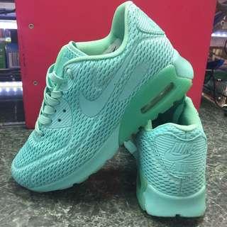 Nike shoe turquoise