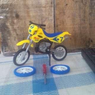 Miniatur Motor Trail Motocross