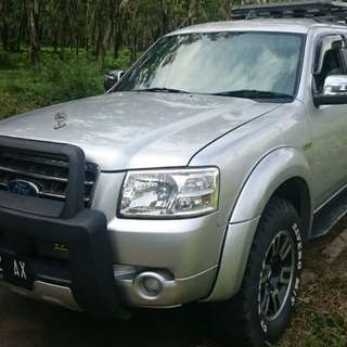 Dijual Ford Everest XLT M/T 2008