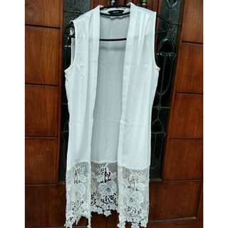 Blanik Lace Outer
