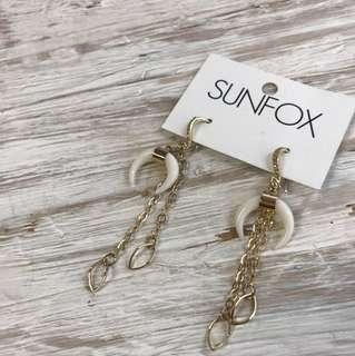 Sunfox Moon lit love earring