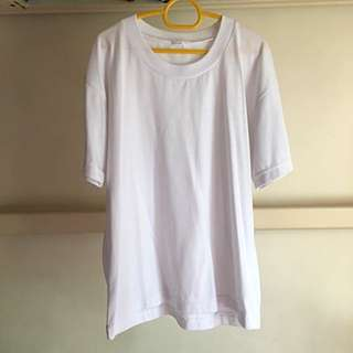 Basic White Tshirt