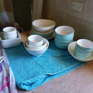 Plate sets for family of 2-4 people
