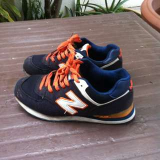 New Balance shoes US6 Eu 38 Jap 24.  In good condition.