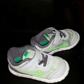 Nike toddler's