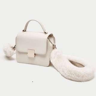 Zara with straps fur ori (white n black colour)