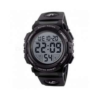 SKMEI 1258 Premium 50m Waterproof Men's Sports Watch, Outdoor Multifunctional Fashion Digital Wristwatch