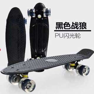 Black Penny Style Plastic Skateboard with Lighted Wheels