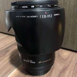Canon EFS 17-55mm f2.8 IS, with HOYA filter and original Canon lens hood (EW-83J)