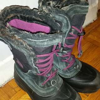 Girl's North Face Winter Boots