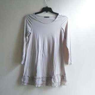 Long-sleeved short dress