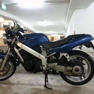 Honda BROS NT650 RC31