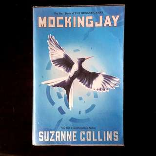 MOCKINGJAY Hunger Games by Suzanne Collins