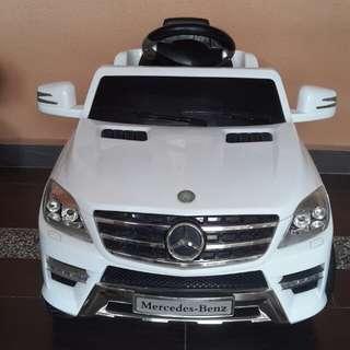 Mercedes Benz Electronic Car