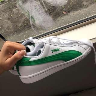 New puma smash shoes
