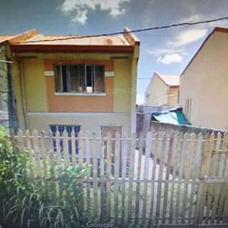 House and lot for sale in villa 2, guitnang bayan 2, san mateo, rizal 75square meter, flood free, near market, church, school, hospital and municipality.