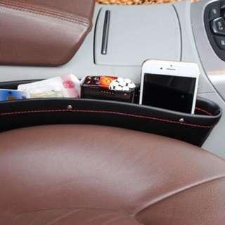 2units Of car seat storage / Pocket