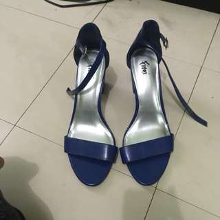 Fioni by Payless Sandal