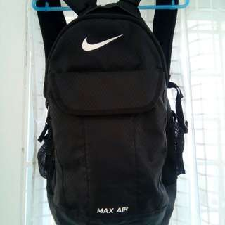 Nike max air backpak authentic