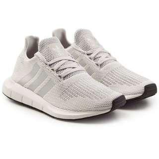Adidas PO Jerman, wa 087728578180 utk harga dan size tersedia. Sabaaaarrrrrrrr