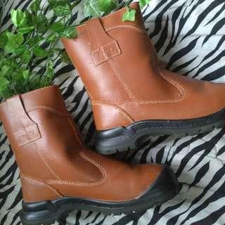 New Boots / sepatu motor atau proyek