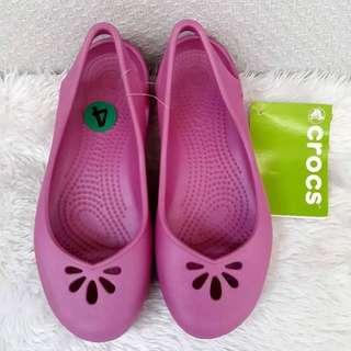 Authentic crocs size 4