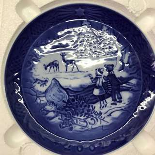 Royal Copenhagan 2002 Christmas Plate
