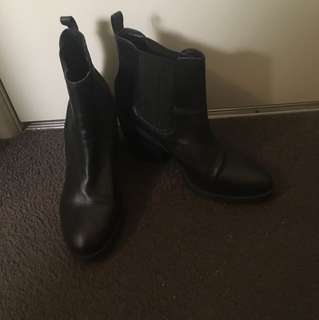 Windsor Smith boots size 9