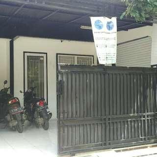 Rumah sekaligus tempat usaha