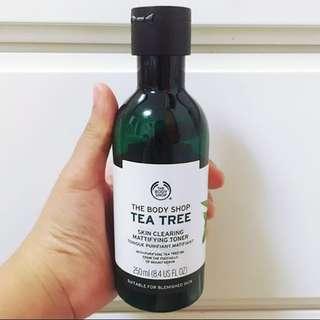 TEA TREE OIL SKIN CLEARING MATTIFYING FACIAL TONER THE BODY SHOP