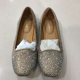 Preloved woman bling bling shoes