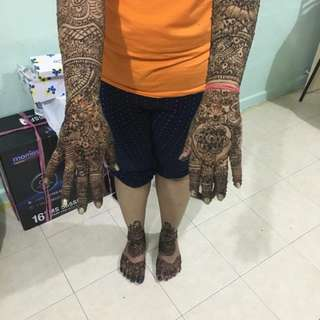 Henna service and my in-house service for bueaty. waxing, head massage, threading and more