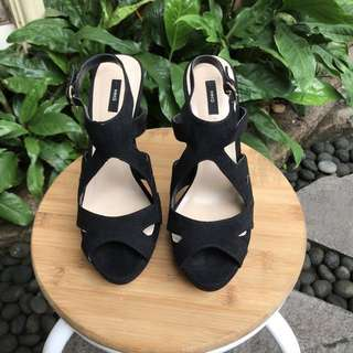 SUPER SALE!! Mango Heels