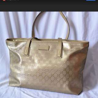 Gucci Gold Signature GG Imprime Medium Tote Bag