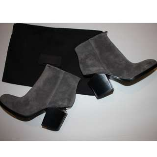 Authentic Alexander Wang Booties Gabi Size 5 Grey Suede