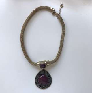 Gold/ maroon statement necklace