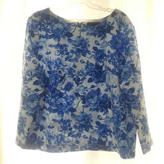 Floral blue and white top