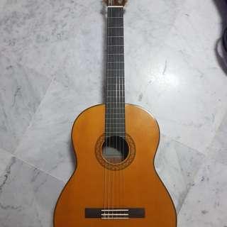 Yamaha C70 Classical Guitar + Music Book