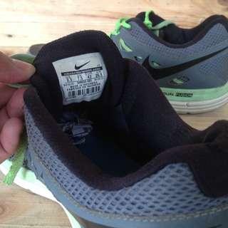 Nike dual fusionlite