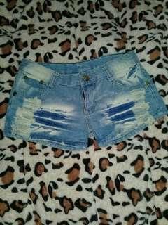 牛仔短褲 *
