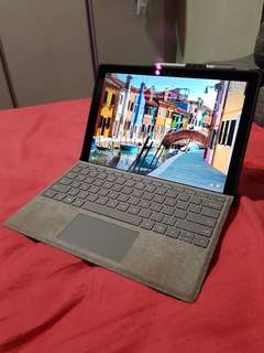 Surface Pro 4 i7 256GB 16GM ram