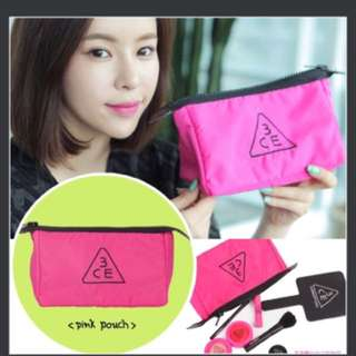 韓 3CE 桃粉化妝包收納包