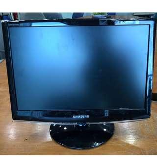 """Computer Monitor Samsung 19"""""""