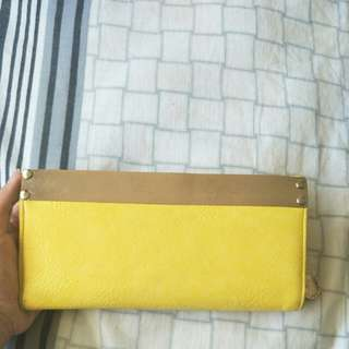 YELLOW COLETTE WALLET.