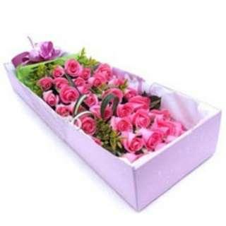 Hot pink roses Gift Box Vday - 0075