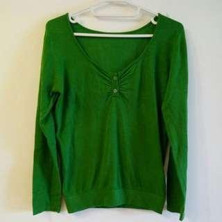 贈送綠色 上衣