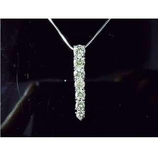 【D-W 香港鑽石世界】《SALE》全新18K白金 95份 近1卡 時尚鑽石吊咀 ---000798-88