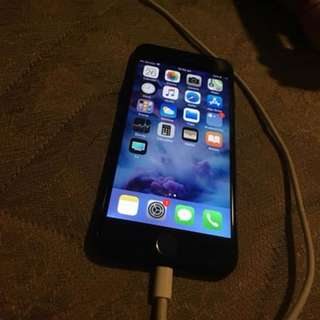 iPhone 7 128GB Jet Black --- Reduced to its possible lowest price